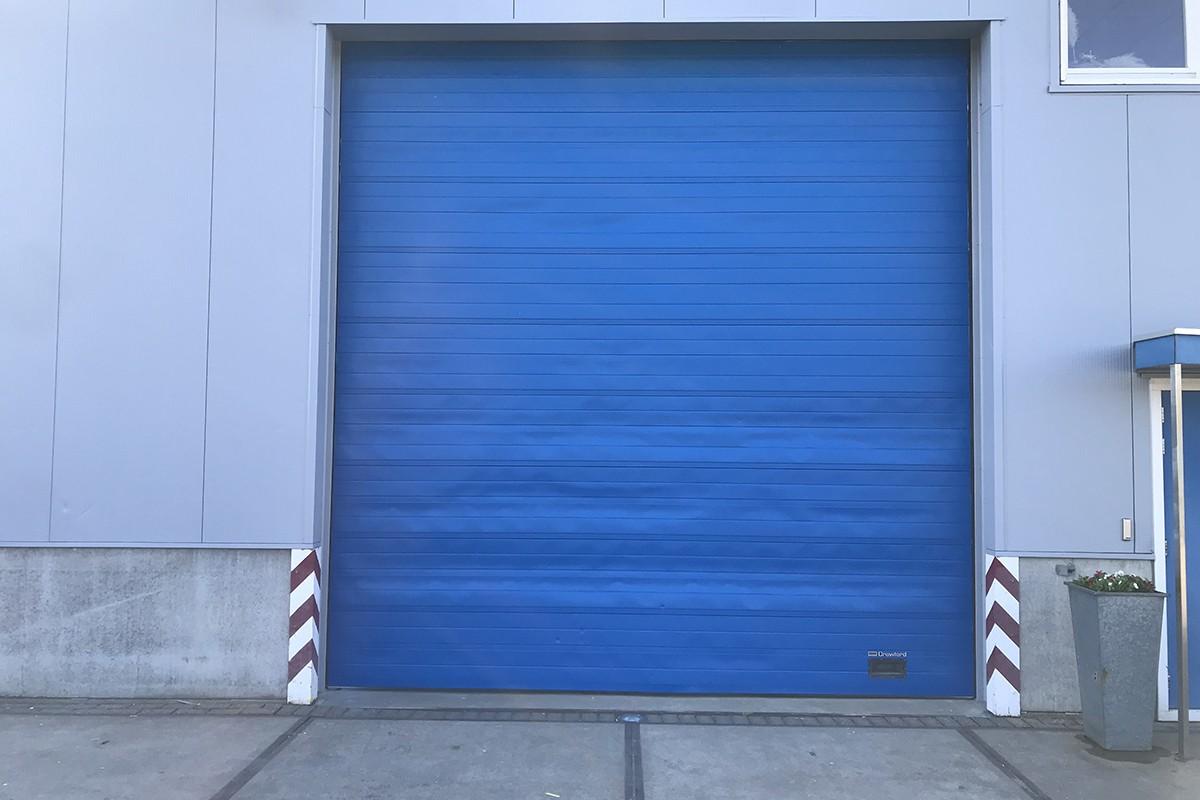 Overhead deur overspuiten/ coaten/ renoveren